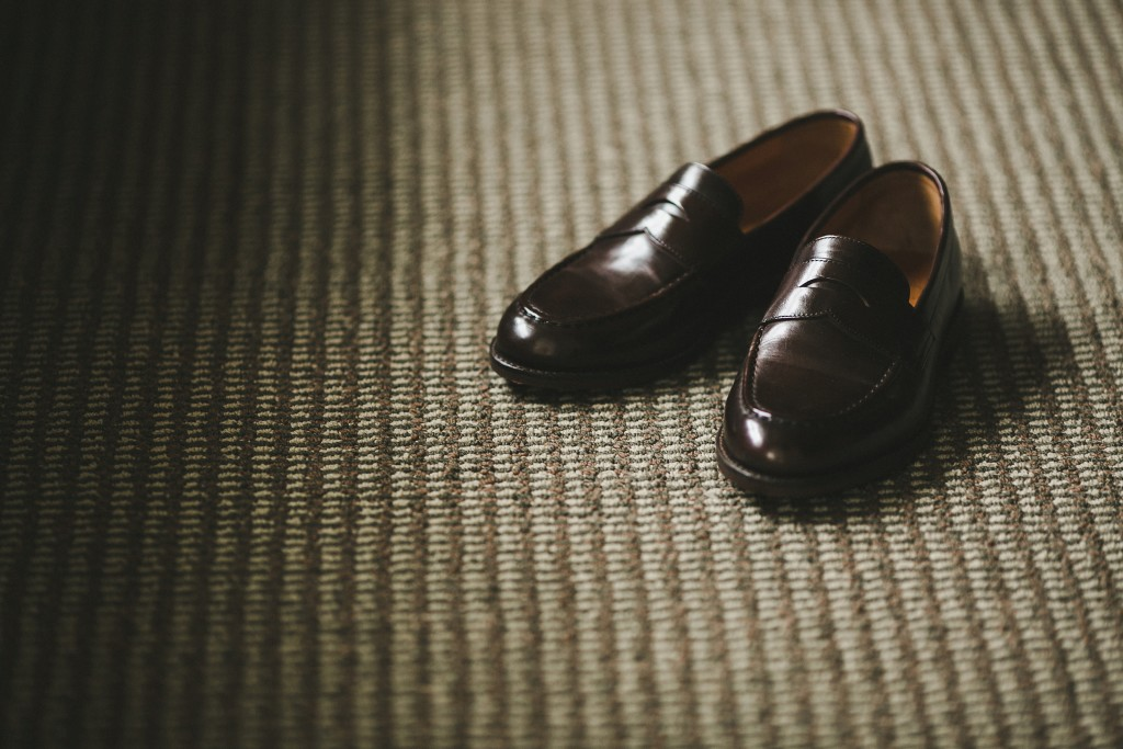 j crew loafers, groom wedding shoes, shari and mike photography