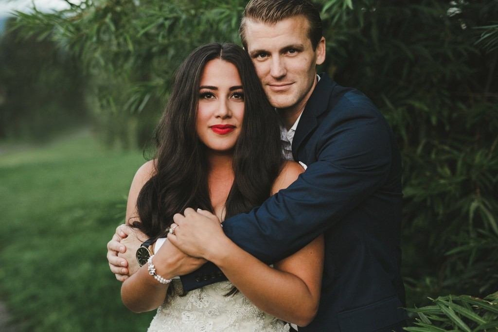 alicia fashionista wedding, bride with red lip, jeweliette jewellery vancouver, jcrew ludlow suit