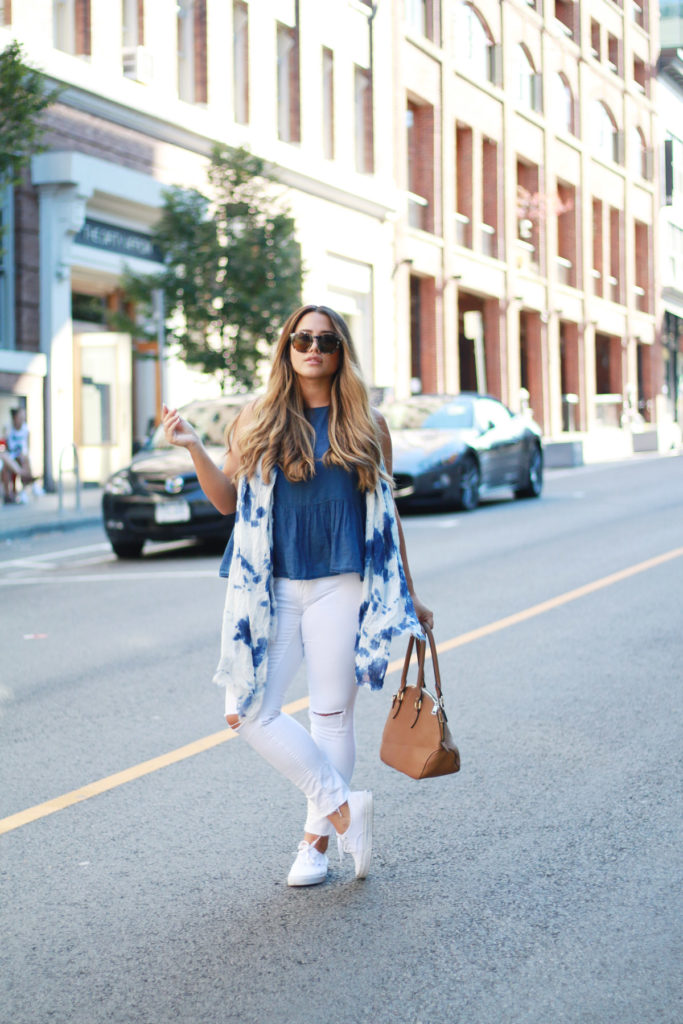what to wear in vancouver, casual put together outfit ideas, best canadian fashion blogger, alicia fashionista, how to dress average curves